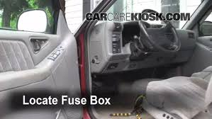 interior fuse box location 1995 1997 gmc jimmy 1995 gmc jimmy interior fuse box location 1995 1997 gmc jimmy 1995 gmc jimmy slt 4 3l v6