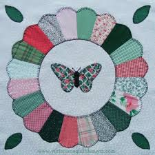 Dresden Plate with Butterfly Free Quilt Pattern & Dresden Plate with Butterfly Quilt Block Adamdwight.com