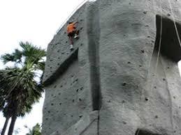 on artificial rock climbing wall in mumbai with rock climbing at goregaon youtube