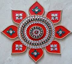 Latest Rangoli Designs For Diwali Decorated With Kundan Kundan Rangoli Art Inspiration Ideas Pinterest Rangoli 2