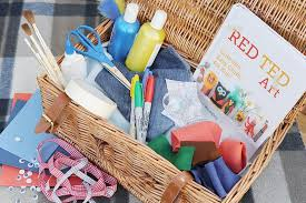 Baby Shower Gift Basket Idea Lots Of SolutionsHow To Make Hampers For Christmas Gifts
