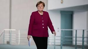 Almost every article written about angela merkel's tenure as germany's chancellor notes that one of her greatest political strengths has been. Angela Merkel Bundeskanzlerin Kritisiert Offnungsdiskussionsorgien Zeit Online