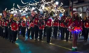 The Parade Of Lights Colorado Springs Watch Live Festival Of Lights Parade Illuminates Downtown