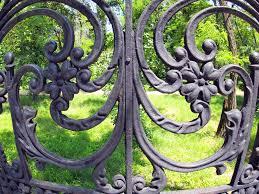 metairie la gated munities