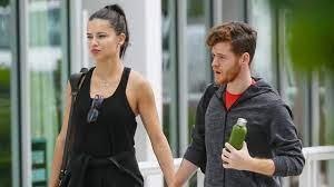 Adriana Lima'nın eski sevgilisi Metin Hara, Hilal Altınbilek'le sarmaş  dolaş yakalandı