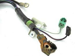 06 15 mazda miata mx 5 battery, fuse box, starter wiring harness 6 battery fuse box for a 1992 toyota previa 06 15 mazda miata mx 5 battery, fuse box, starter wiring harness 6 speed mt d29