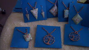 how to make simple jewelry display cards diy style tutorial guidecentral you