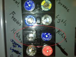how do i remove this plastic thing over my fuses? general How To Change Fuses In Old Fuse Box share this post how to change fuses in old fuse box