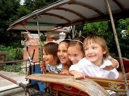 Afbeeldingsresultaat voor taman indonesia kinderen