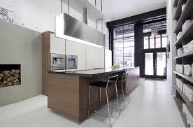 kitchen showroom pic