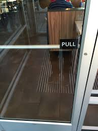 this door says pull but there s no handle need istance