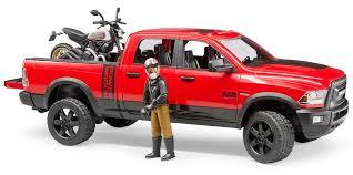 Внедорожник <b>Bruder</b> Ram, с <b>мотоциклом Ducati Scrambler</b> Desert ...