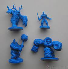 Te presentamos nuestra selección de 4 juegos de figuras en linea, con los que tendrás la diversión asegurada. Lote De Figuras Del Juego De Mesa De Rol Sold Through Direct Sale 43222874