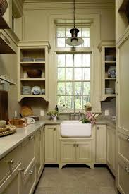 Kitchens For Small Spaces 17 Best Ideas About Small Galley Kitchens On Pinterest Galley