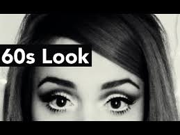 60s mod makeup look dolly eyes and pale lips