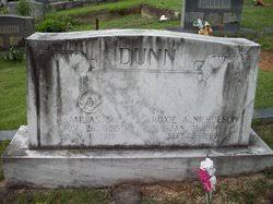 """Roxanna """"Roxie"""" Nicholson Dunn (1886-1969) - Find A Grave Memorial"""