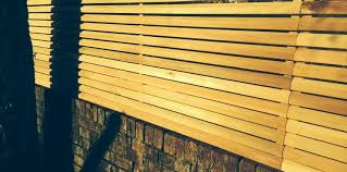 how wall top fencing panels can work