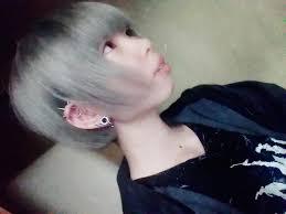 髪型変えたっす 派手髪 セルフ アッシュミルクティー Tweet Added By