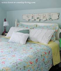 summer decorating in a farmhouse bedroom