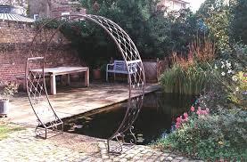 circular arch blue diamond garden