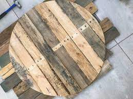 Pallet furniture is so fascinating. Diy Round Pallet Coffee Table With Hairpin Legs Pallet Coffee Table Diy Hairpin Coffee Table Pallet Table Diy