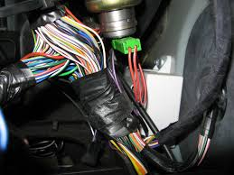 how to fit illuminated sun visors to a zt mg rover org forums strapped up to this harness you should be able to see a seperate set of two wires purple black these terminate in a small black 2 pin connector