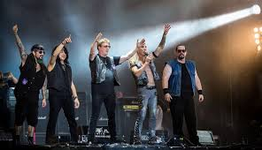 <b>Twisted Sister</b> - Wikipedia
