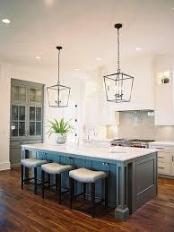 Las Lámparas Colgantes Para La Cocina Crean Un Ambiente Especial En El Que  Da Gusto Estar. La Cocina Es Un Espacio Donde La Iluminación Es