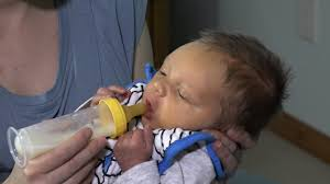 Paced <b>Bottle Feeding</b> - YouTube