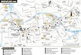 berlin map  explore best destinations in one day  walking trip
