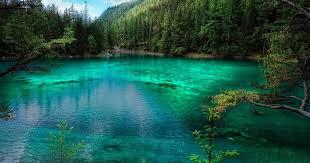 Grüner See lago verde