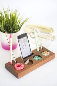 how to make a modern desk organizer from a block of wood