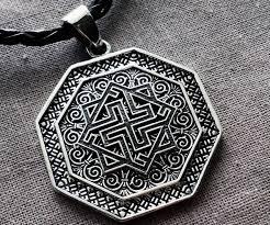 оберег валькирия значение славянского символа для мужчин и женщин
