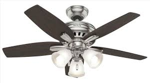 removing a broken lightbulb from a ceiling fan nd mpco