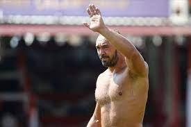 Elmalı Yağlı Güreşleri'nin şampiyonu başpehlivan Ali Gürbüz