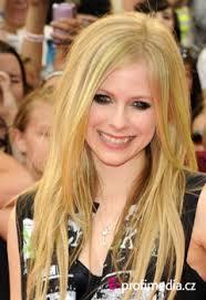 Avril Lavigne účesy Celebrit V Happyhair