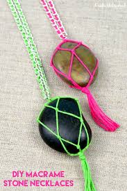diy stone necklace macrame crafts unleashed 1