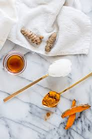 probiotic turmeric honey face mask