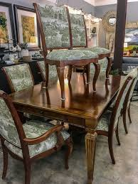 ethan allen dining table and 8 chairs 1495