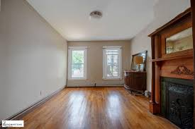 3 bedrooms apartment for in carroll gardens