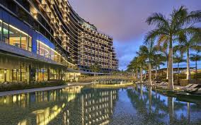 luxury hotels and resorts leading