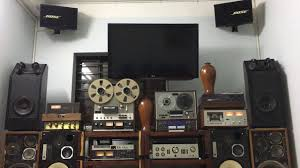 Ngắm dàn loa cổ nghe nhạc vàng trước 1975 - YouTube