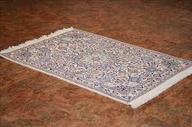 331 nain rugs this traditional rug is approx imately 2 feet 11 inch x 4