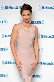 ashley judd writes essay about attacks on social media ny daily news ashley judd has written an essay to reveal her encounters people who have harassed her