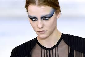 ppat mcgrath s 80sinspired eye makeup at louis vuitton spring 2017p