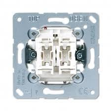 <b>Механизм</b> выключателя 2-кл универсального (<b>проходного</b>) 509U ...