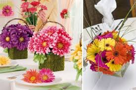 wedding centerpieces with colorful daisies