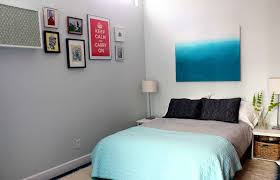 Making The Most Of Small Bedrooms 5 Ways To Make Your Small Bedroom Feel Bigger Huffpost