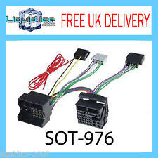 mercedes benz sprinter wiring looms sot 976 mercedes sprinter 2006 onward quadlock fakra to iso harness adaptor lead
