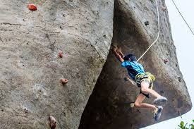join our exclusive community on artificial rock climbing wall in mumbai with go for rock climbing in mumbai on the weekend lbb mumbai